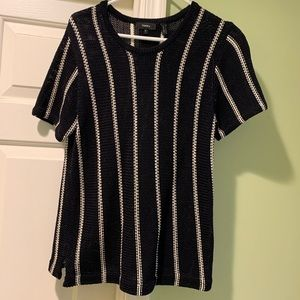Theory cotton short sleeve sweater size M NEW